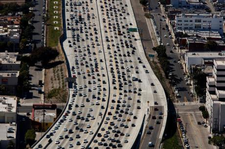 la-traffic-freeway
